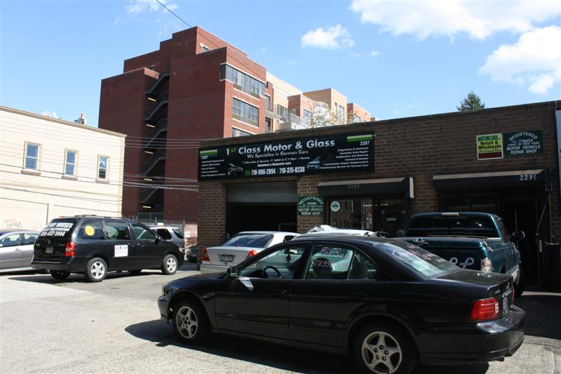 Outdoor business banner sign studio sky7 brooklyn for Motor vehicle in brooklyn